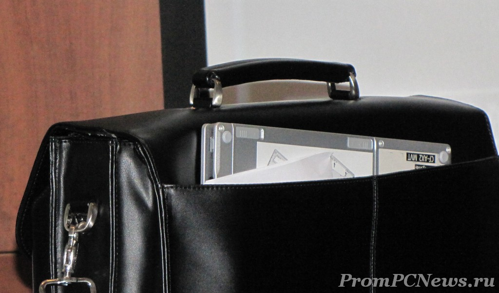 Panasonic CF-AX2 in case