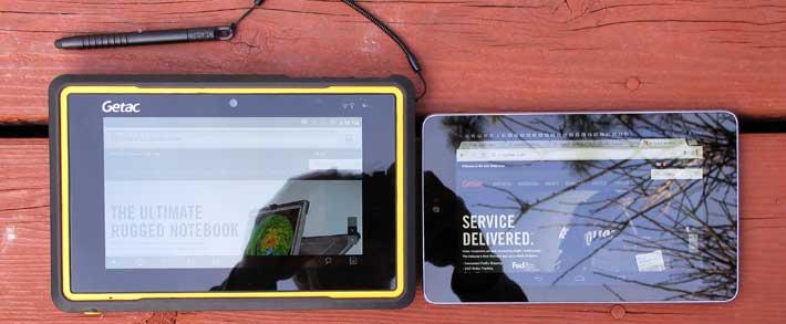 Getac Z710 рядом с Nexus 7